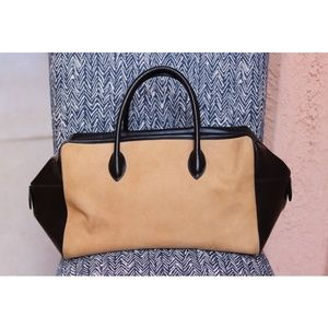 ⚡ Alaia   suede and black leather carry all bag